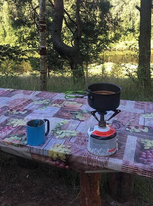 Утренний кофе на стоянке рядом с Торжком