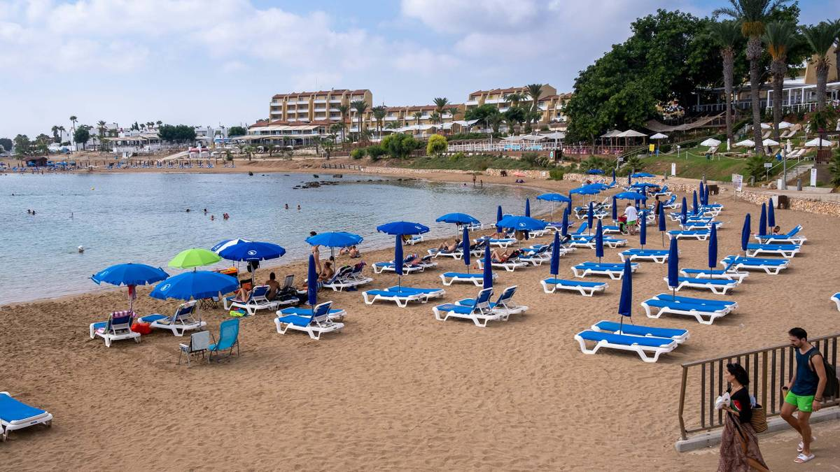 На Кипре объявили жесткий локдаун дляместных и туристов