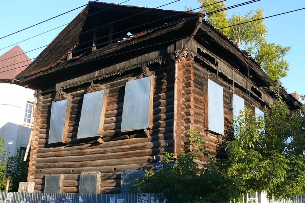 Дом по адресу Пушкина, 5 до восстановления