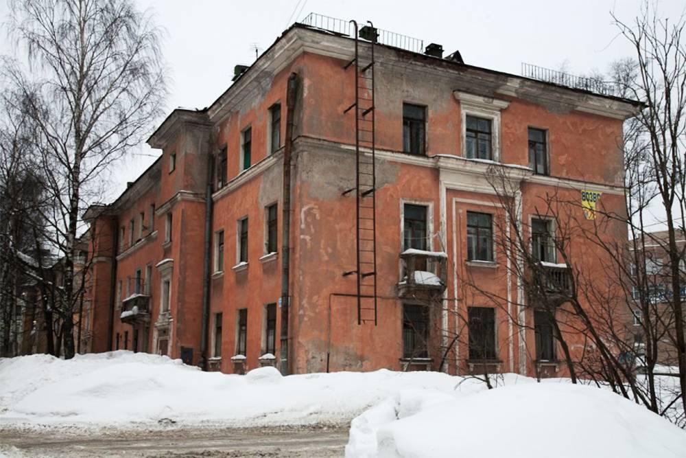 Такие дома подлежат расселению и сносу по программе реновации в квартале Гражданский 1—1а. Источник: городская программа «Развитие застроенных территорий Санкт-Петербурга»