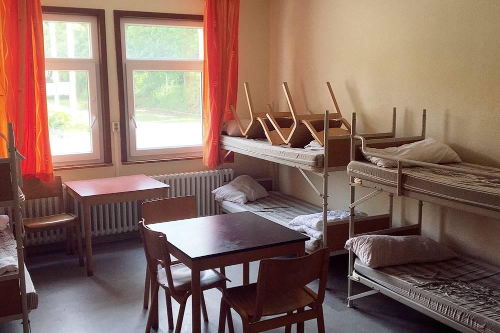 Я жила в общей комнате на шесть человек. Сначала я была тут одна, а потом въехали еще пять женщин, три из них переселялись из Польши