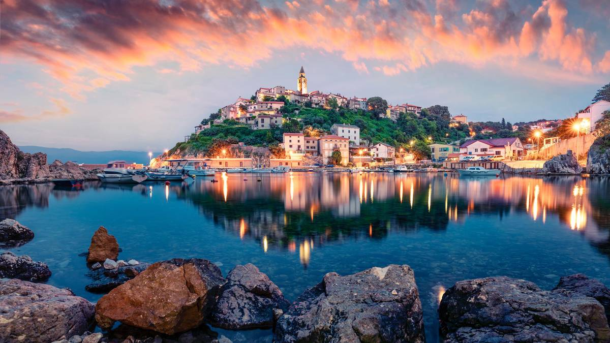 Как туристу из России въехать в Хорватию в 2021году