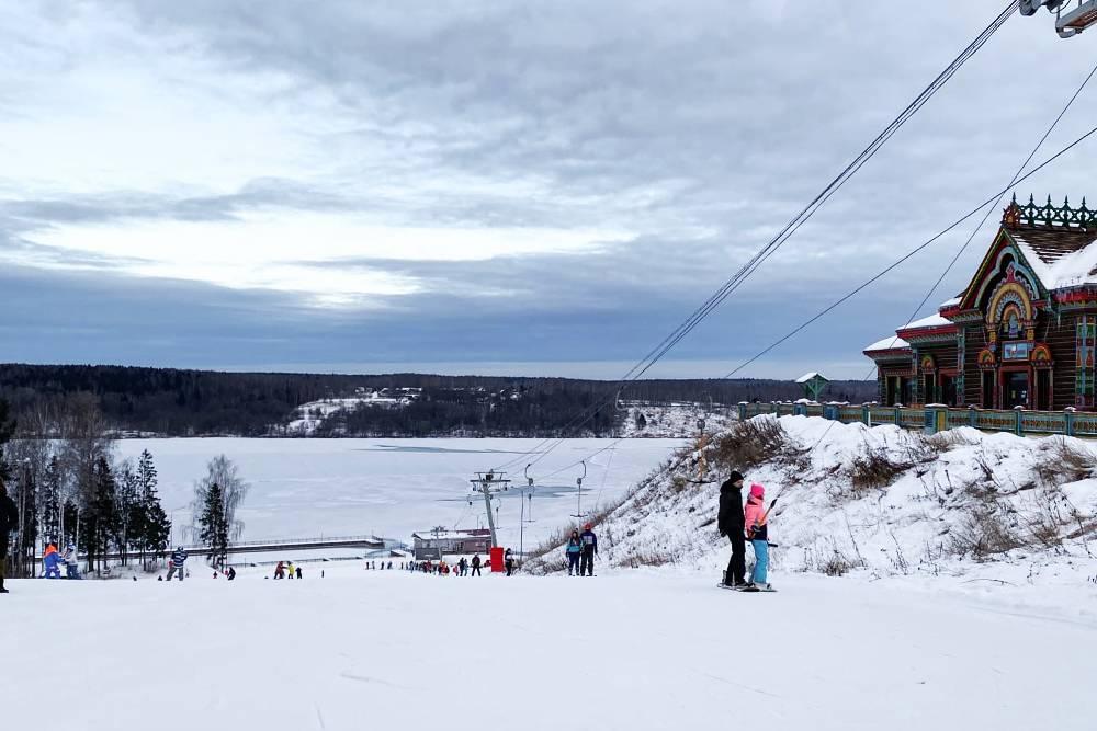 Холмистые склоны «Миловки» подходят длякатания на лыжах и сноубордах. Источник: группа «Миловки» во «Вконтакте»