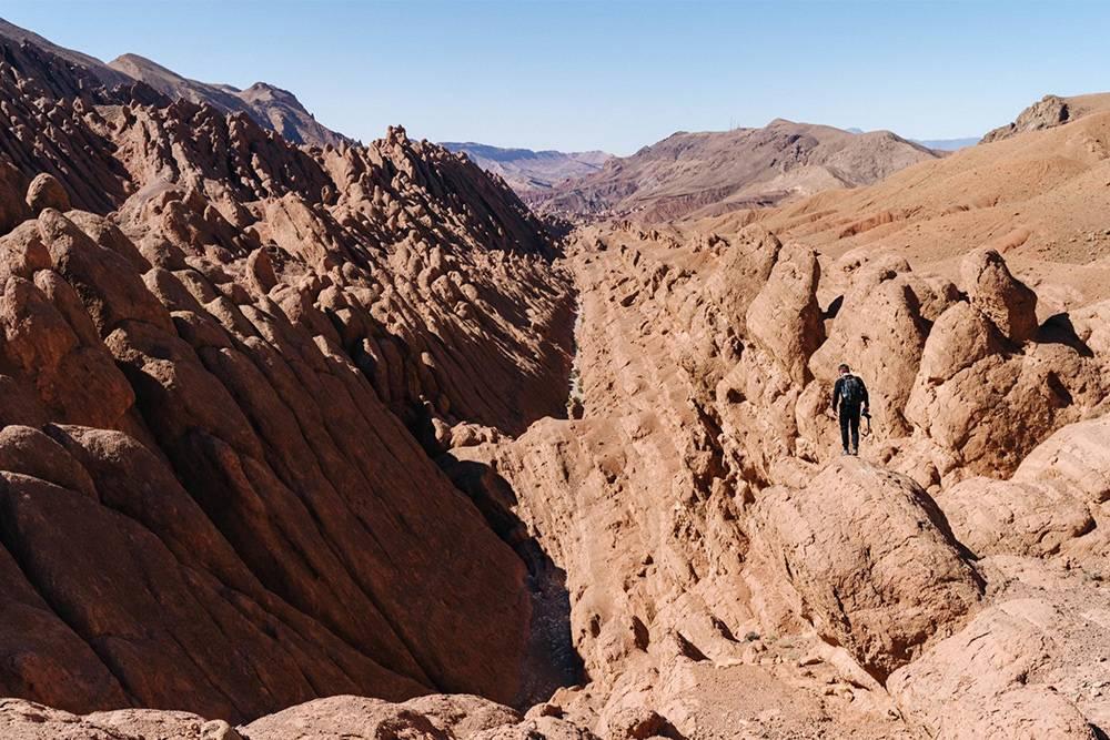 Внутри ущелья Дадес течет небольшая река