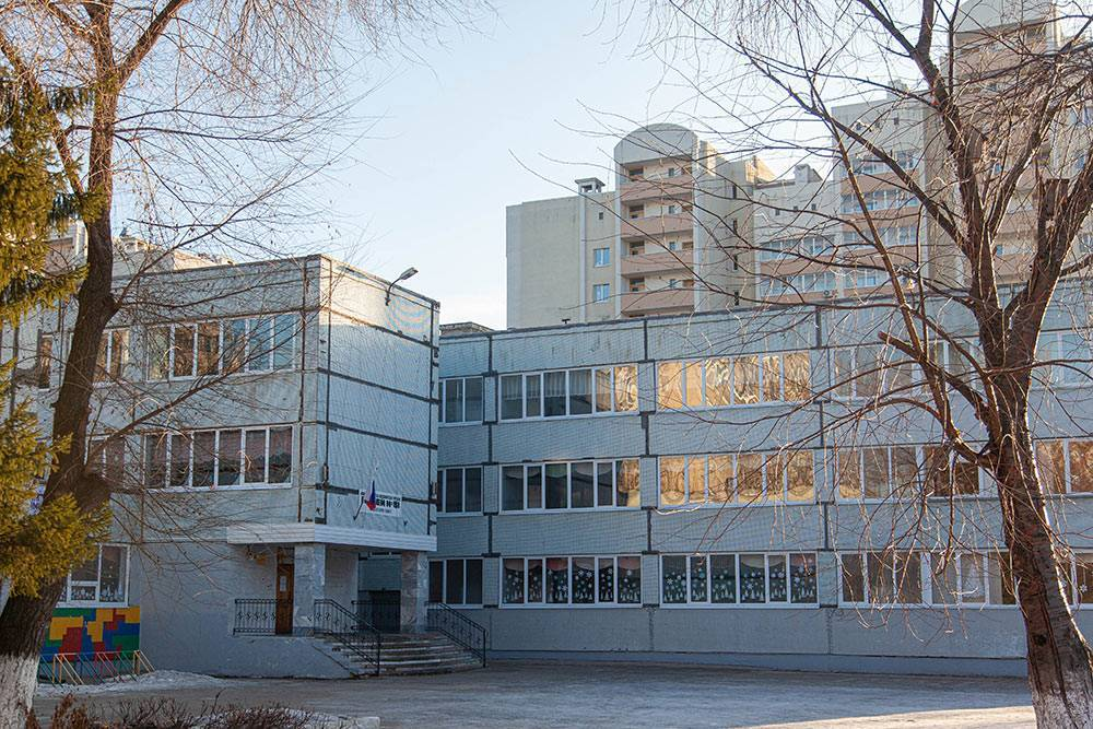 Одна из городских школ