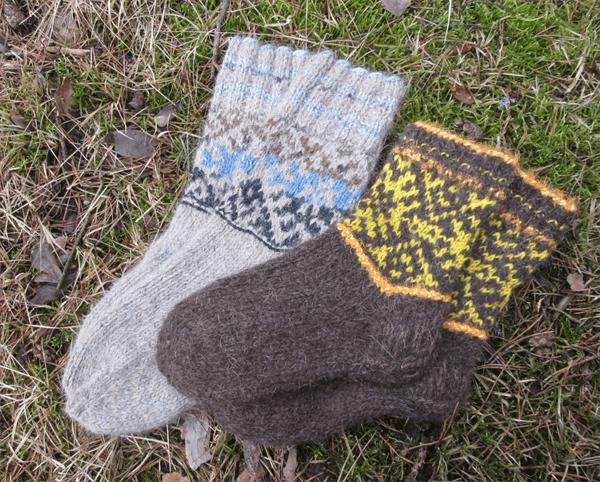 Детские носки из шерсти кавказской овчарки
