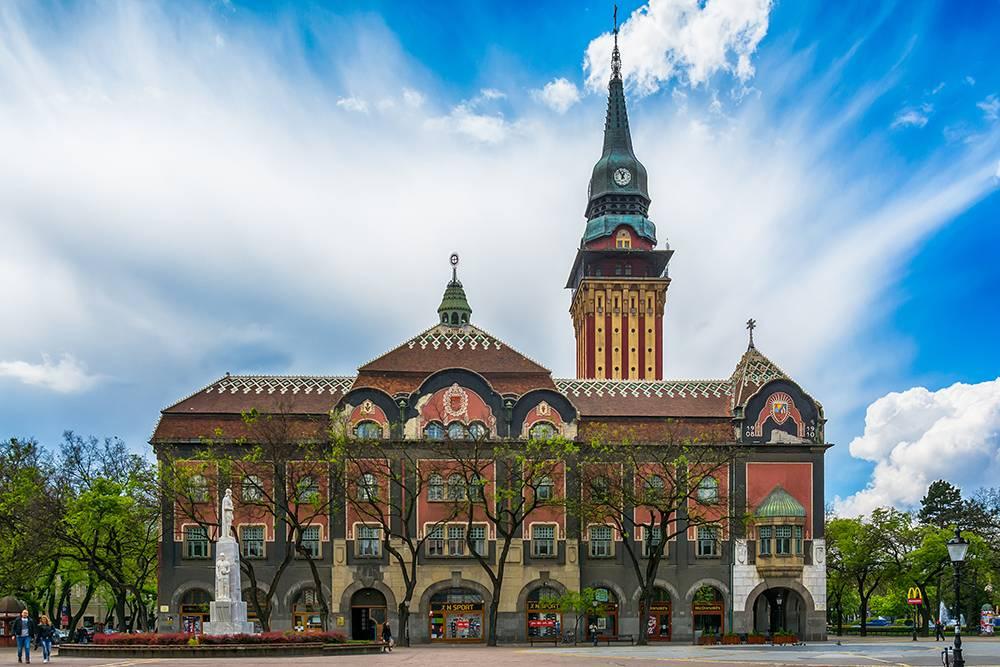 В башне ратуши на высоте 45 метров есть смотровая площадка. Источник: Nenad Nedomacki / Shutterstock