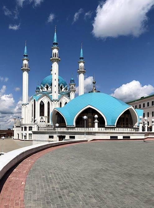 Символ Казани — чудесная мечеть Кул-Шариф