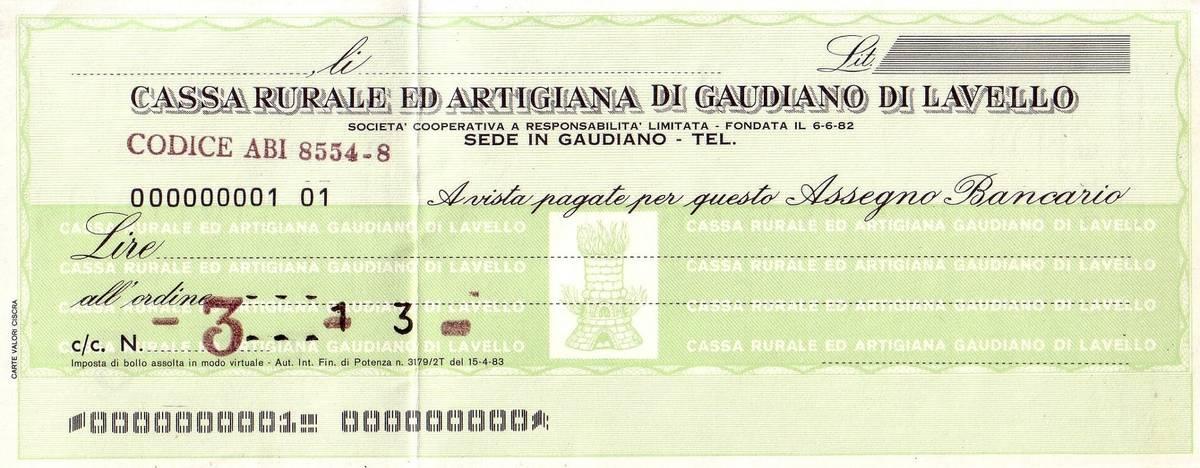 Так выглядят банковские чеки. Многие всегда носят с собой чековую книжку. Источник: Wikimedia / Nicola.abbiuso