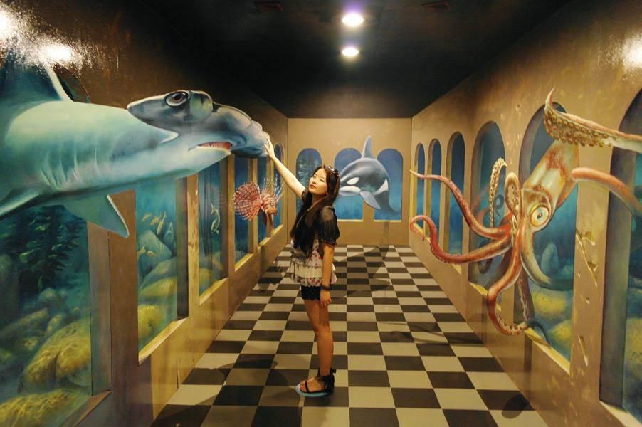 В Сеульском музее иллюзий
