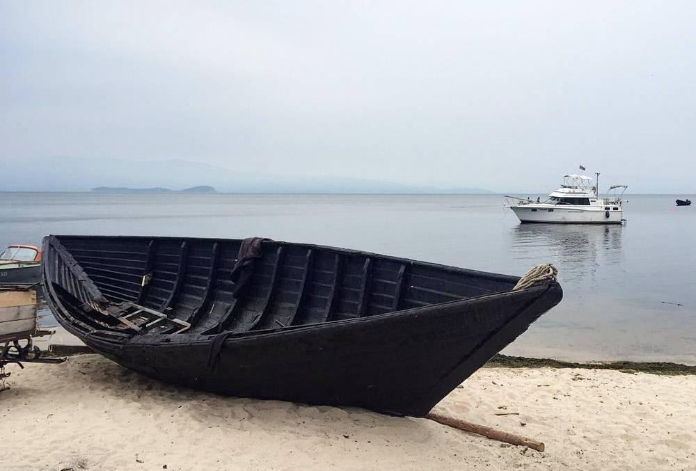 В Курбулике рыбачат на деревянных лодках и катерах. Фото: Эдуард Галиуллин