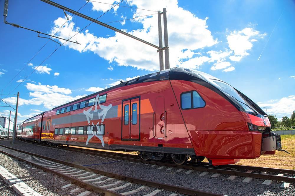 Двухэтажные поезда в России ходят не только между городами. Источник: aeroexpress.ru