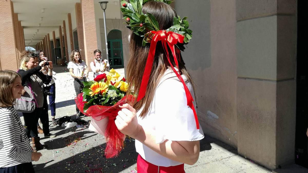 Выпускника итальянского университета называют лауреатом, что означает «увенчанный лавром»