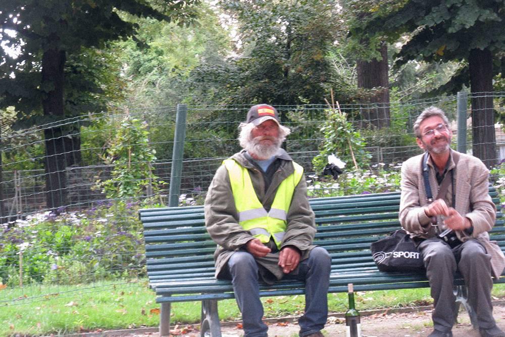 Из поездки в Париж Михаил вынес урок: местные бездомные лучше всех знают, где купить подешевле