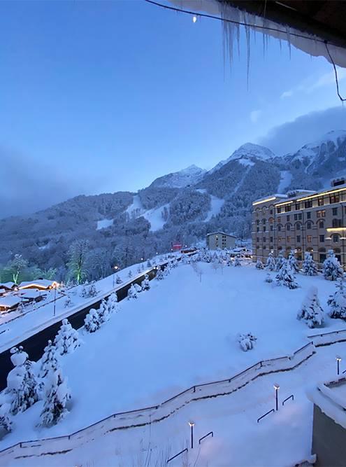 Верхний уровень отелей в «Красной Поляне», на высоте 960метров, мне нравится больше всего