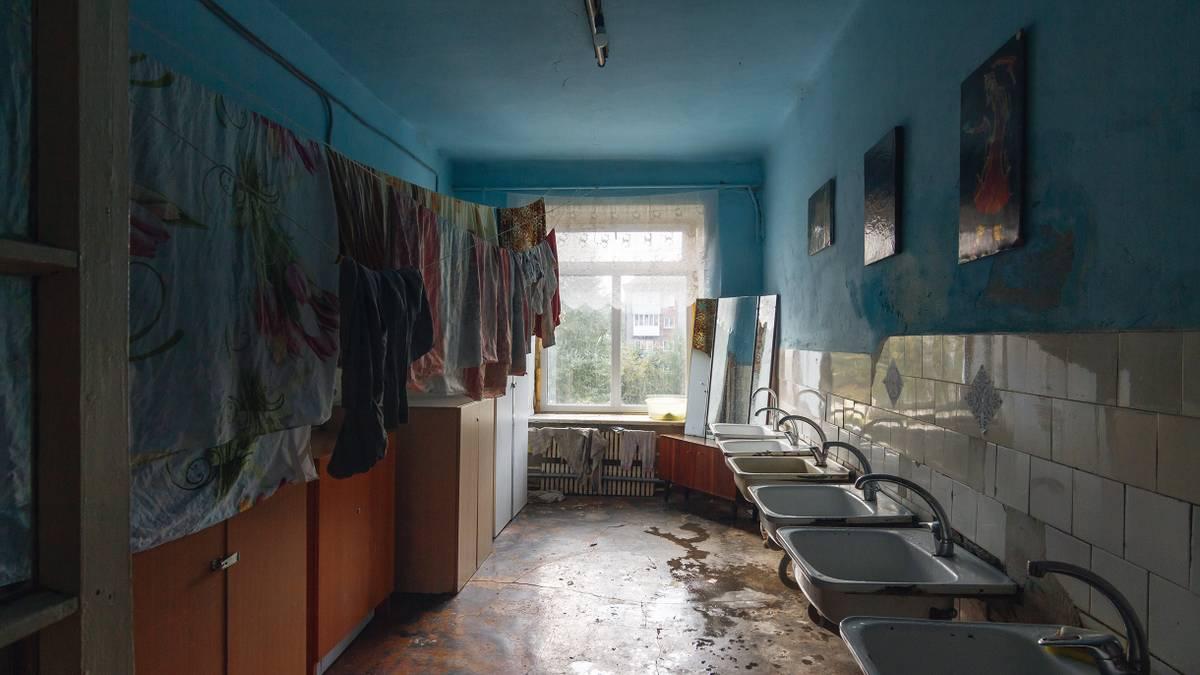 Как самостоятельно продать комнату в коммуналке