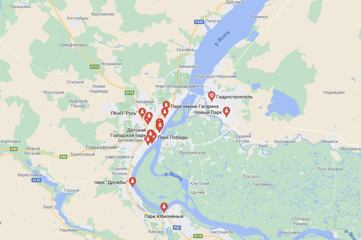 На карте видно, что парков в Волгограде немного и они расположены в основном в центре. Два парка справа находятся в Волжском — это соседний город. Источник: google.com/maps