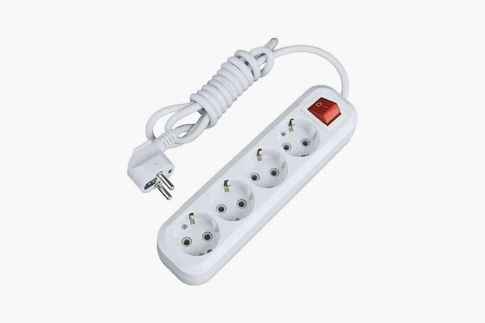 Подходящий для&nbsp;нагревателя удлинитель стоит от 407<span class=ruble>Р</span>. Источник: «Яндекс-маркет»