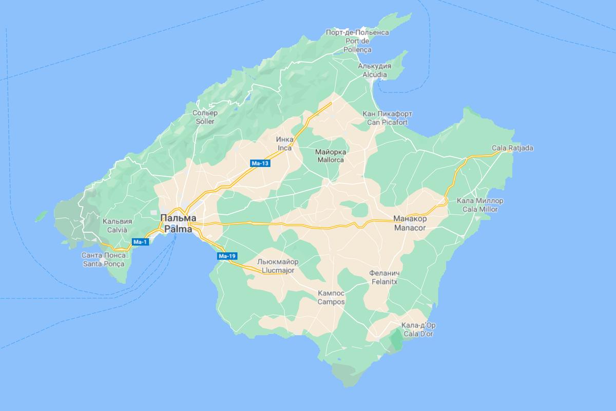 На Мальорке всего несколько скоростных шоссе с ограничением скорости 120км/ч. Все они идут от Пальмы: одно — в сторону аэропорта, два других — до главных муниципалитетов острова и основных туристических локаций. На остальных дорогах ограничение 100км/ч или ниже
