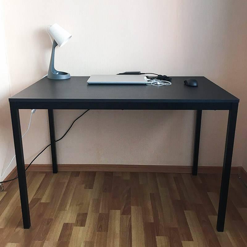Так выглядит мой новый рабочий стол. Лампа тоже новая