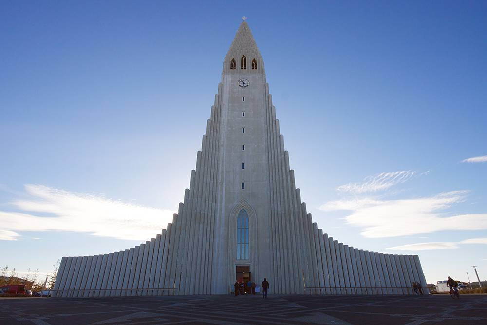 Церковь выглядит современно, хотя строить ее начали в 1945году. Фото: Drew McLellan/Flickr.com