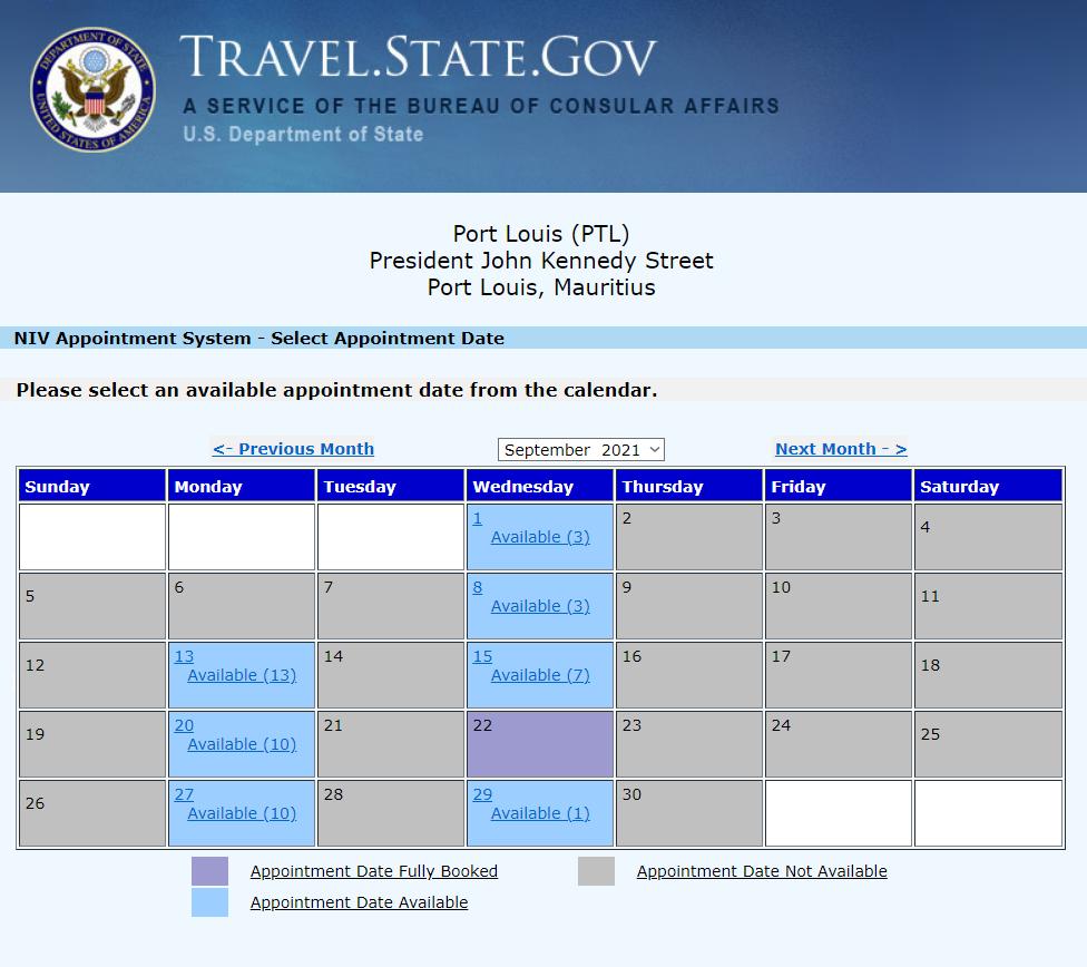 Когда в августе я собирал информацию длястатьи, на Маврикии было всего одно свободное место на запись, а вот в сентябре — десятки. Сейчас до конца ноября мест нет. Длярезидентов и приезжих общая очередь