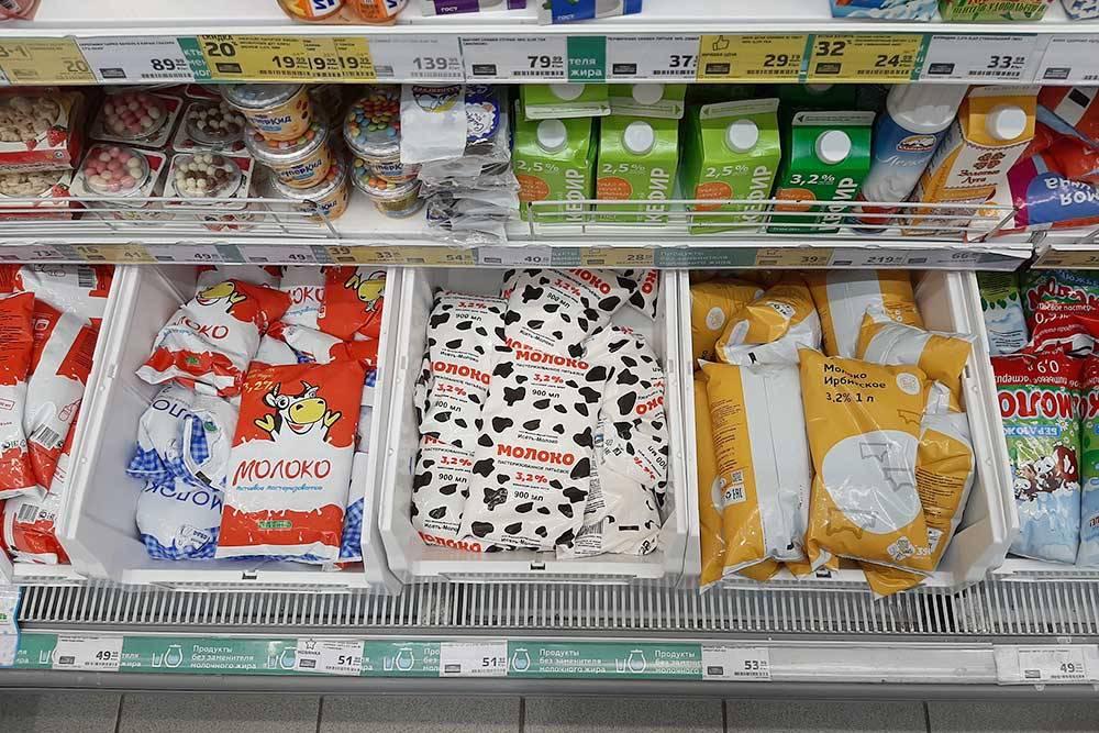 Молочная продукция преимущественно от производителей юга области и соседних регионов, таких как «Тюменьмолоко», Ирбитский молокозавод, «Золотые луга»