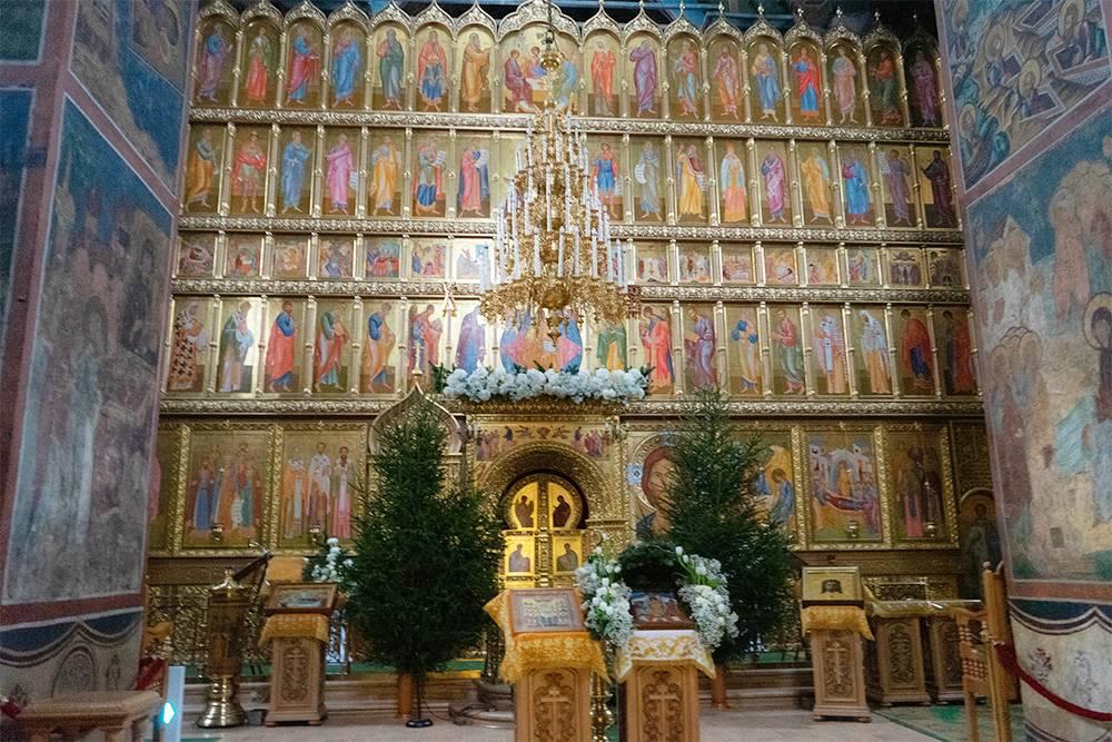Иконостас в Троицком соборе новый: его установили в 2010году