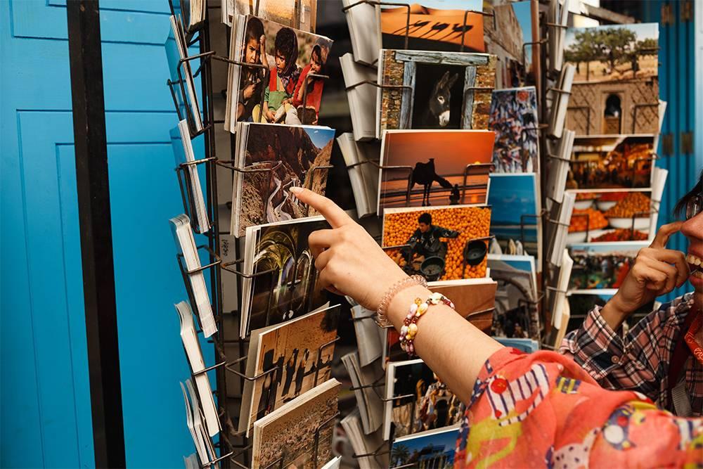 Из Марракеша я всегда отправляю открытки друзьям и родным. Главный почтовый офис находится прямо на площади Джема-эль-Фна