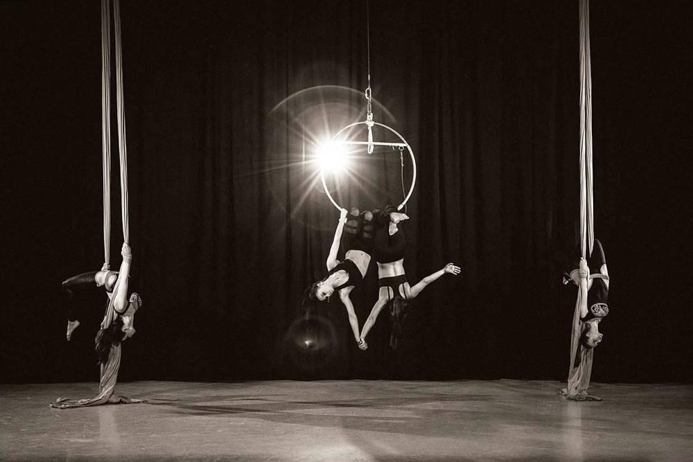 Фото с выступлений педагогов студии на концертах и мероприятиях. Это танцы на полотнах. Фото:ДмитрийКайзер