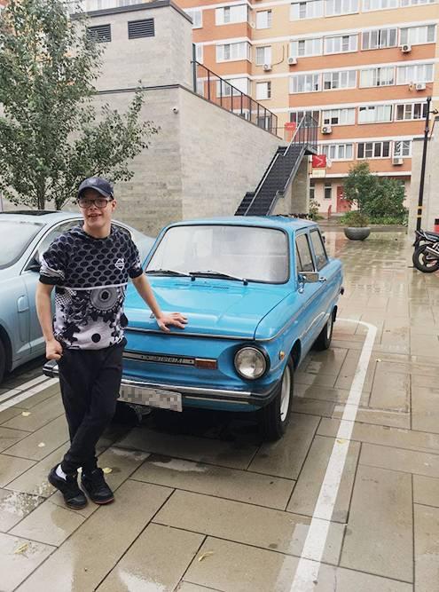 Проавтомобили Слава знает абсолютно все: автомобильные марки, особенности моделей и так далее