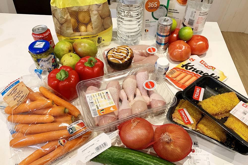 Покупки из «Делейзе» на 27€ — это довольно дешево, потомучто мы много купили по акции. А вообще, наш средний чек в этом супермаркете — около 40€