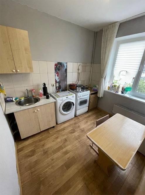 Кстати, вот фотографии немного обустроенной квартиры