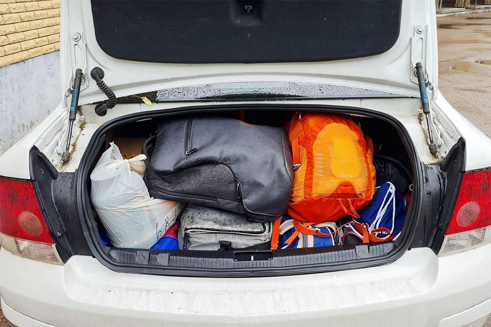 Так выглядит мой багажник после сборов в дорогу