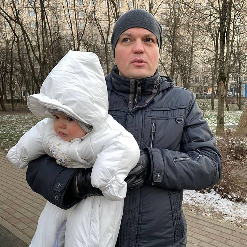 Дочь носила комбинезон с семи до одиннадцати месяцев: в нем было не жарко при+7°С и не холодно при−15°С