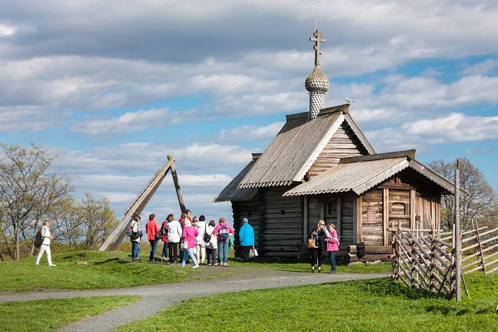 Так же, как церковь Воскрешения Лазаря, выглядели первые деревянные православные храмы на Руси. Источник: Игорь Георгиевский
