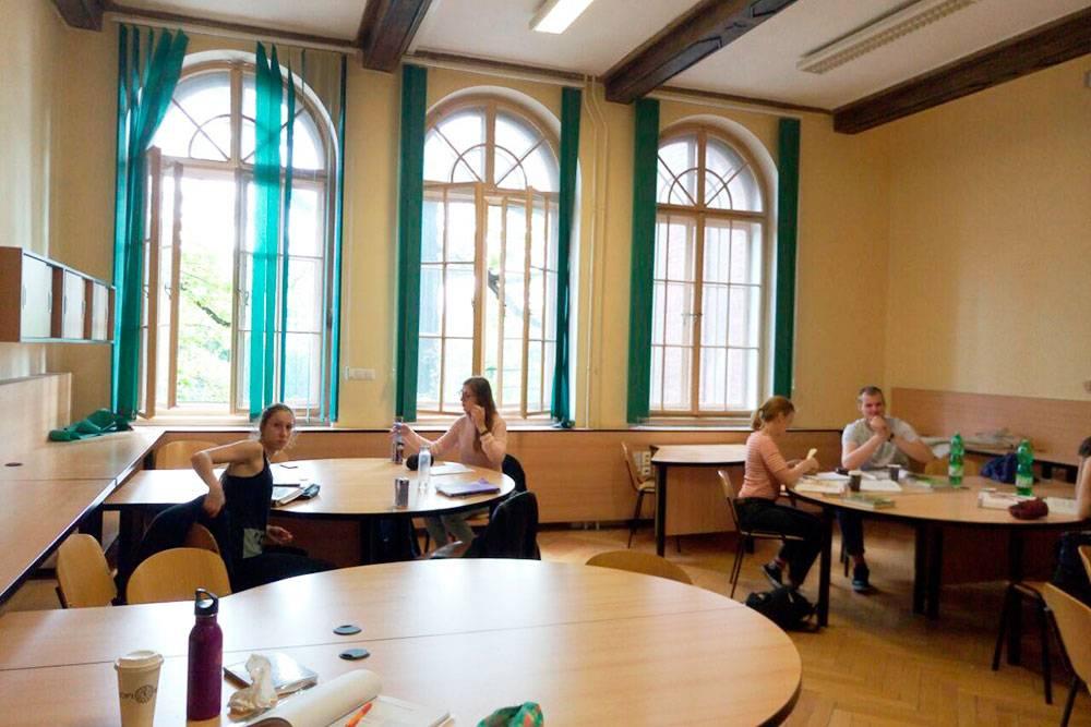 Так выглядят учебные комнаты, где в свободном доступе могут заниматься студенты моего факультета