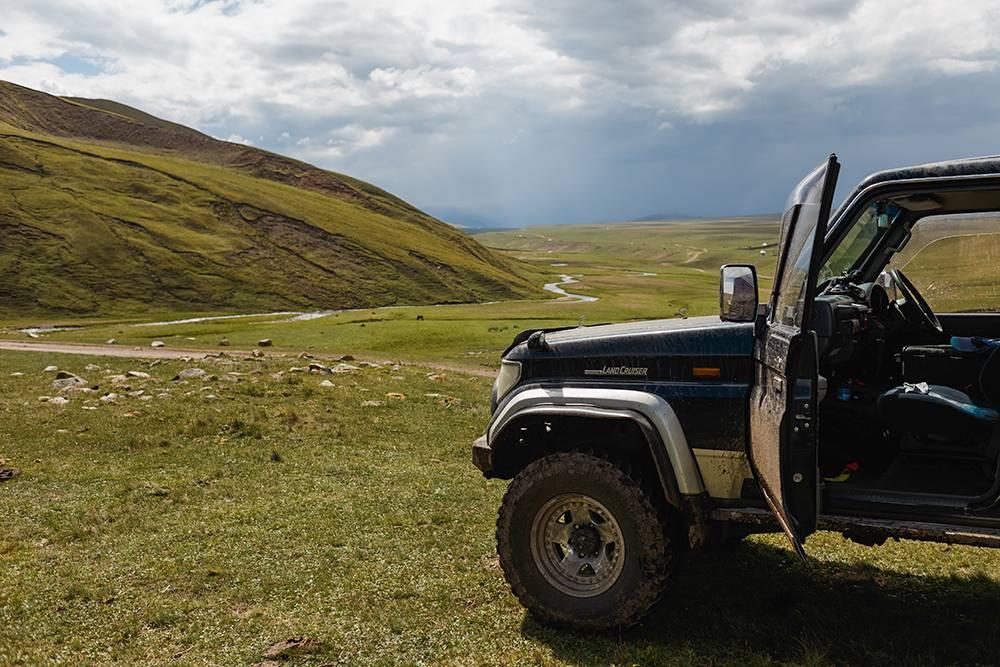 Свободно передвигаться по плато можно только на таких машинах