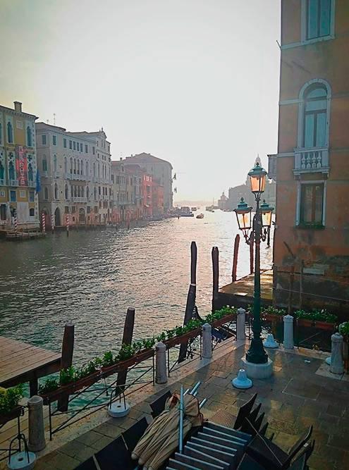 Вода присутствует в каждом пейзаже Венеции, и в этом — особое очарование города
