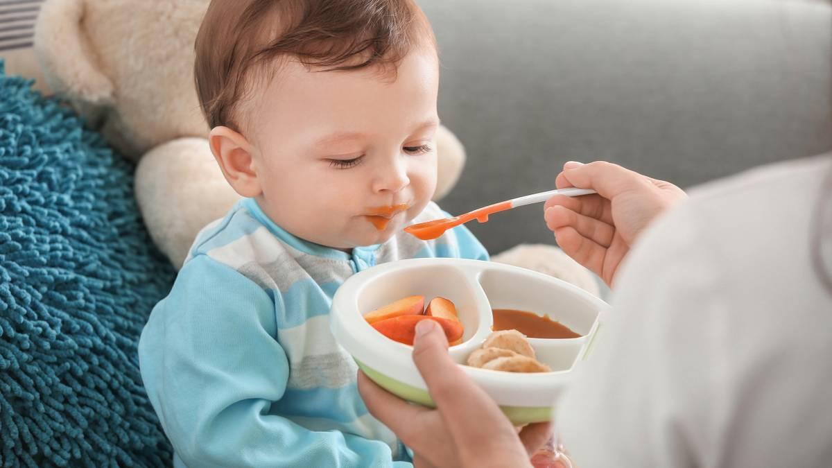 Как вводить прикорм детям