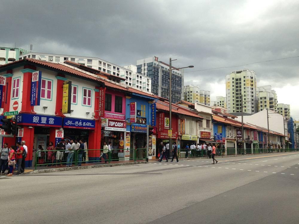 Чистота и порядок на улицах Сингапура поддерживаются за счет высоких штрафов