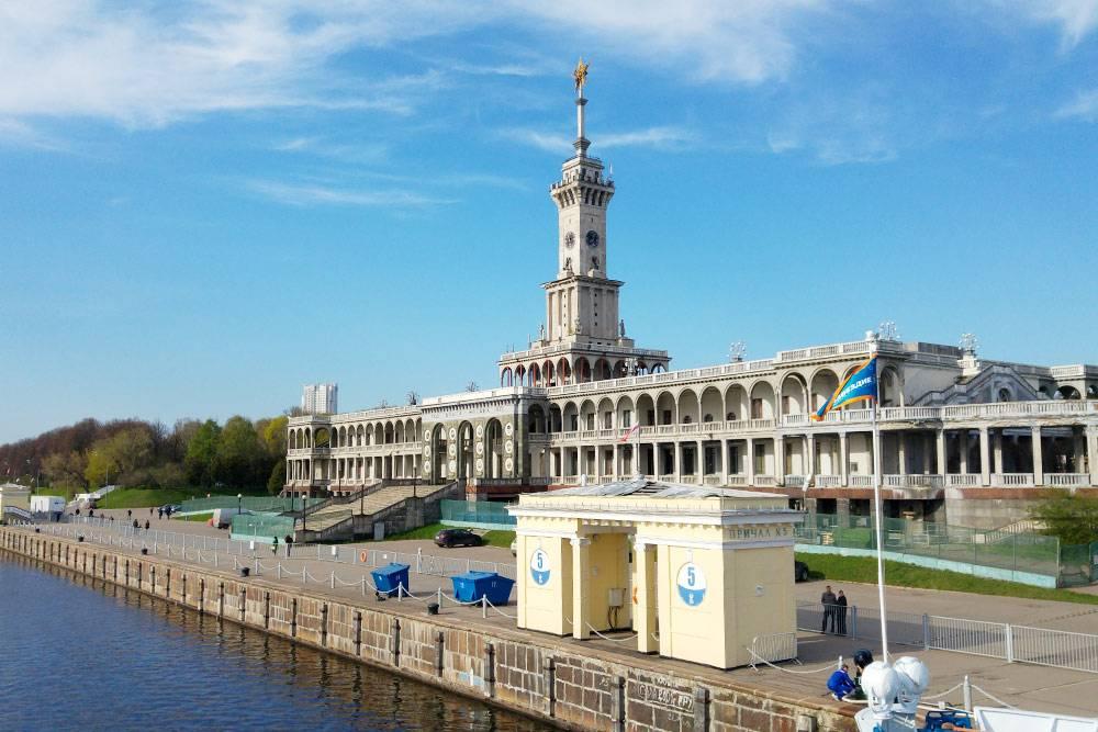 Почти все мои путешествия начинались на Северном речном вокзале в Москве