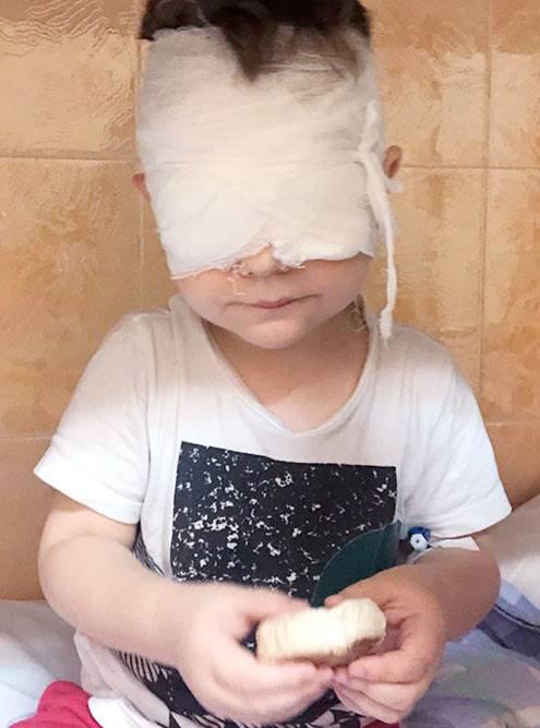 Ваня через три часа после операции
