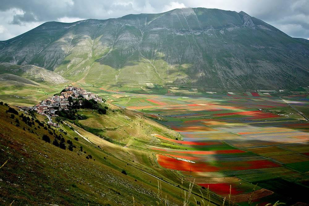 Умбрию называют зеленым сердцем Италии за большое количество холмов, гор, долин, лесов и парков. Источник: Franco Vannini/ Flickr