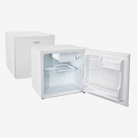 Это компактный однокамерный холодильник с небольшой морозилкой внутри сверху