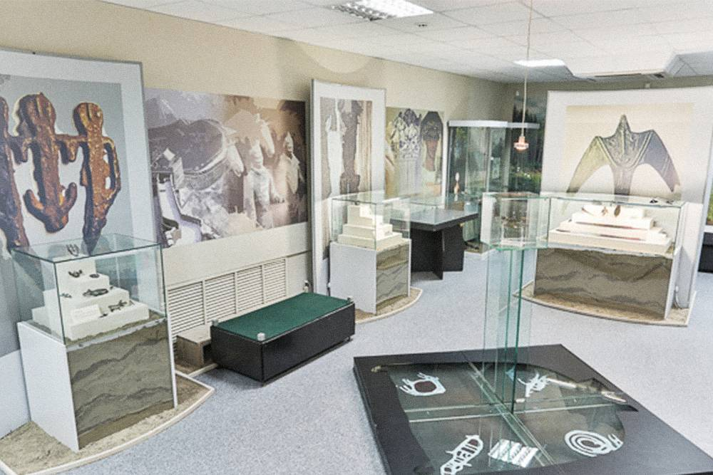 Все, что выставлено в музее, сохранилось в земле с железного века. Источник: Музей кулайской культуры
