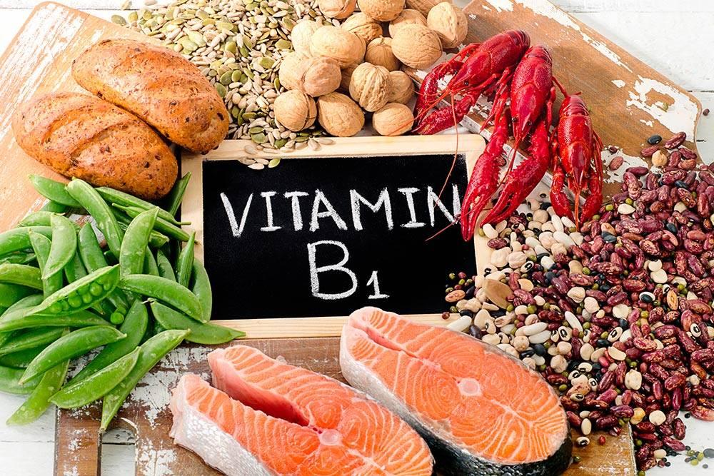 Чтобы не было недостатка в витаминеB1, достаточно раз в день съедать 2грецких ореха