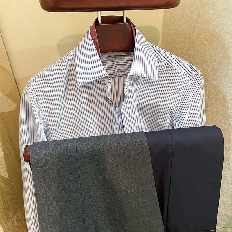 Мне легче и удобнее подготовить одежду сразу на неделю, чтобы в будни не заморачиваться