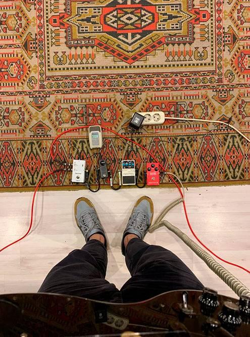 Мне нравятся ковры на репбазе, да и вообще там уютно