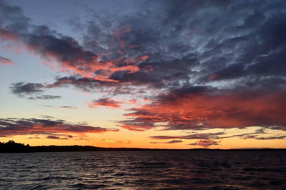 В конце лета в Финляндии очень красивые закаты
